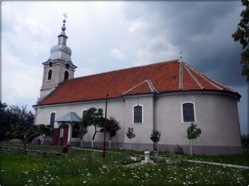 Biserica Bârsa -vedere laterală