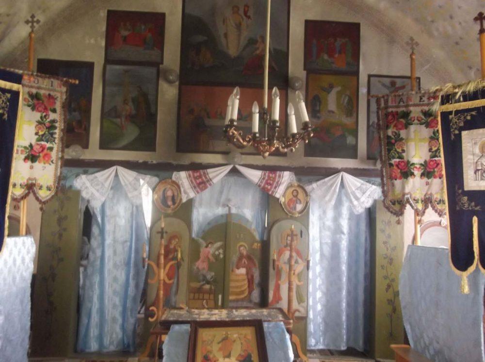 Biserica Grosi-iconostas