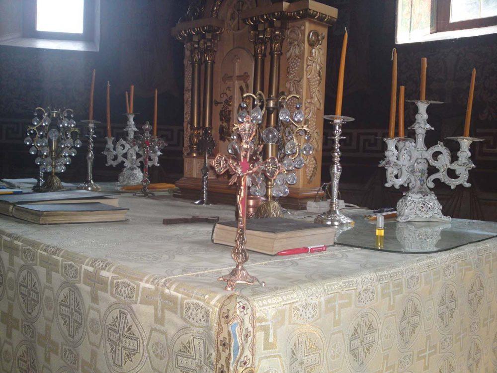 Sfânta masă