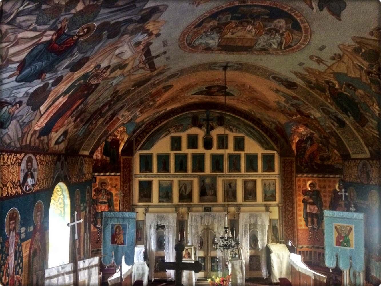 Vedere de sus interior Biserică